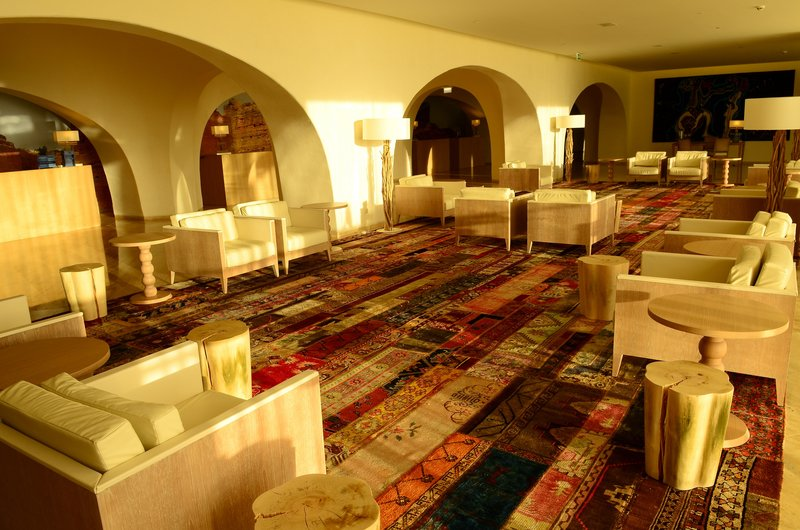 Crowne Plaza Vilamoura - Algarve-Spacious Lobby<br/>Image from Leonardo