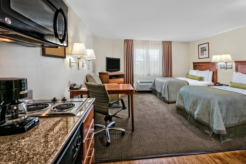 Candlewood Suites Galveston-Room with two double beds<br/>Image from Leonardo