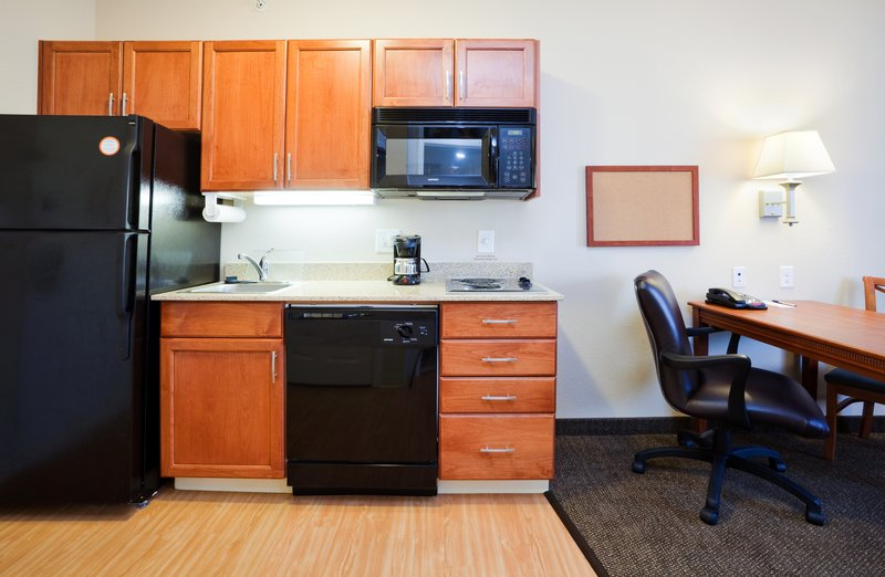 Candlewood Suites New Bern-Fully-equipped Kitchens<br/>Image from Leonardo