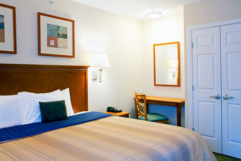 Candlewood Suites New Bern-King Bed Guest Room<br/>Image from Leonardo