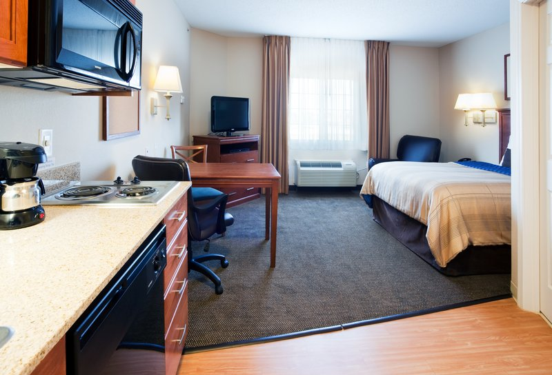 Candlewood Suites New Bern-Suite<br/>Image from Leonardo