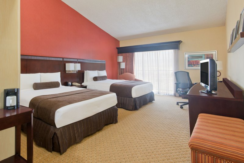 Crowne Plaza Albuquerque-Spacious Two Bed Executive Nonsmoking Room<br/>Image from Leonardo