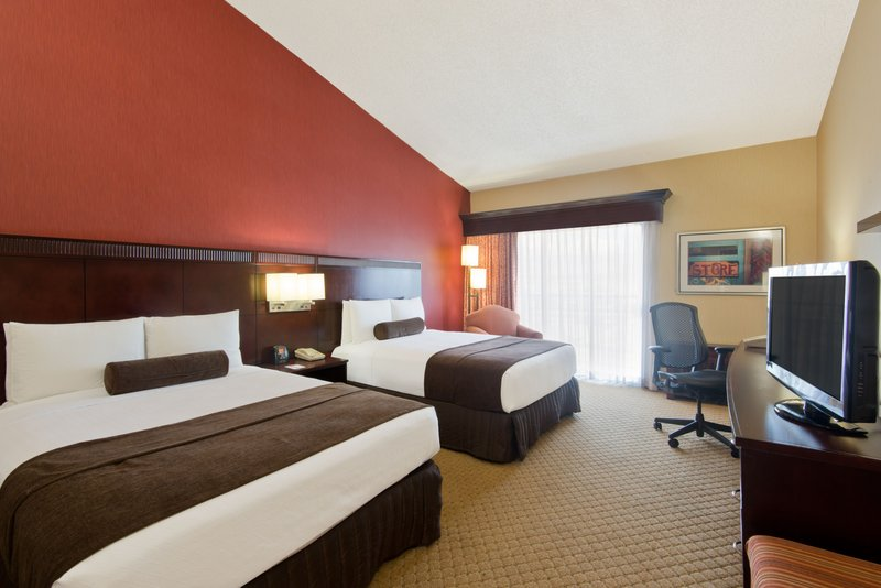 Crowne Plaza Albuquerque-Spacious Two Queen ADA Nonsmoking Room<br/>Image from Leonardo