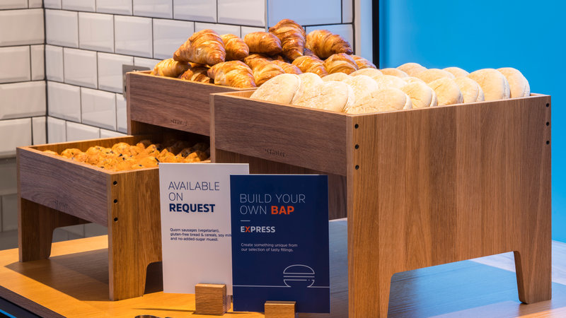 Holiday Inn Express Oxford - Kassam Stadium-Breakfast Bar<br/>Image from Leonardo