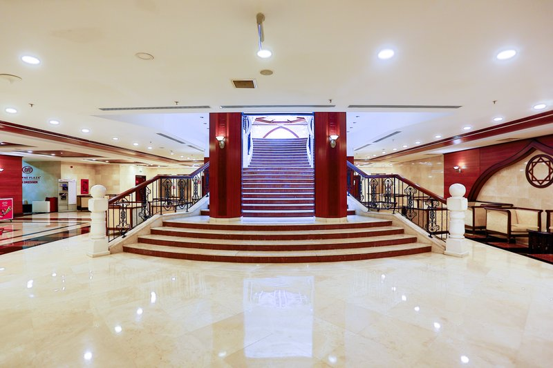 Crowne Plaza Antalya-Hallway<br/>Image from Leonardo