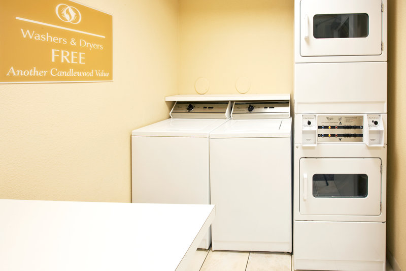 Candlewood Suites Ft. Lauderdale Airport/Cruise-Laundry Facility<br/>Image from Leonardo