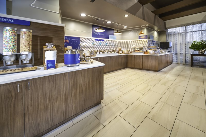 Holiday Inn Express Pasco - TriCities-Enjoy our Hot EXPRESS START Breakfast<br/>Image from Leonardo