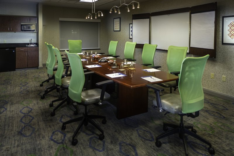 Holiday Inn Express Pasco - TriCities-Book your meeting today!<br/>Image from Leonardo