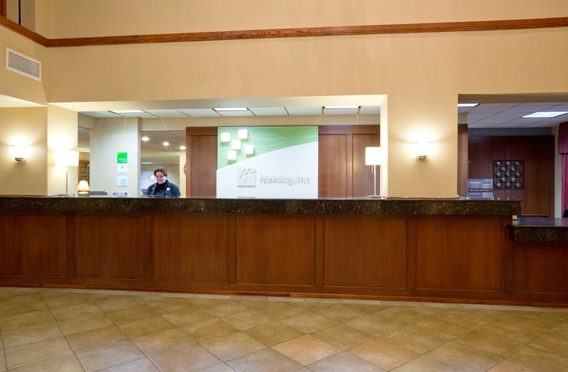 Holiday Inn Hotel & Suites Wausau-Rothschild-Front Desk<br/>Image from Leonardo