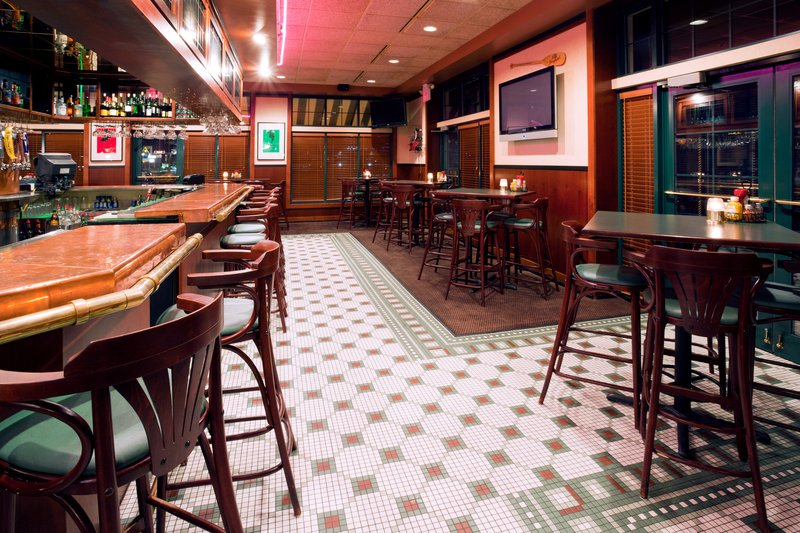 Holiday Inn Hotel & Suites Wausau-Rothschild-Bar and Lounge<br/>Image from Leonardo