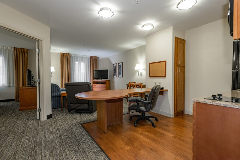 Candlewood Suites Mobile-Downtown-1 Bedroom suites have large kitchen and work area<br/>Image from Leonardo