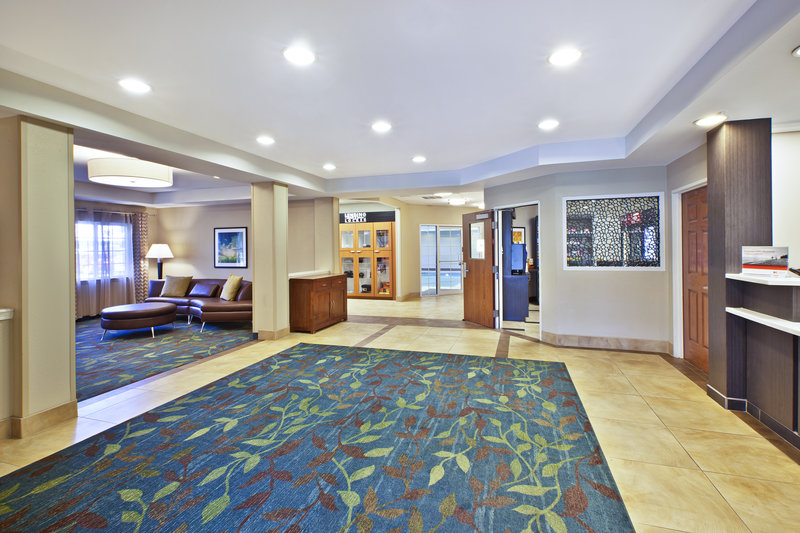 Candlewood Suites Indianapolis Airport-Entrance<br/>Image from Leonardo