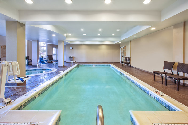 Candlewood Suites Indianapolis Airport-Swimming Pool<br/>Image from Leonardo