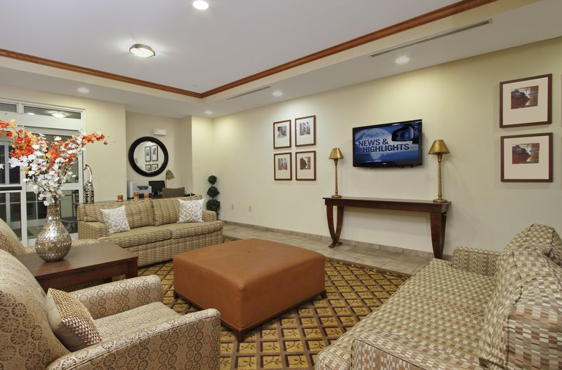 Candlewood Suites Norfolk Airport-Hotel Lobby<br/>Image from Leonardo