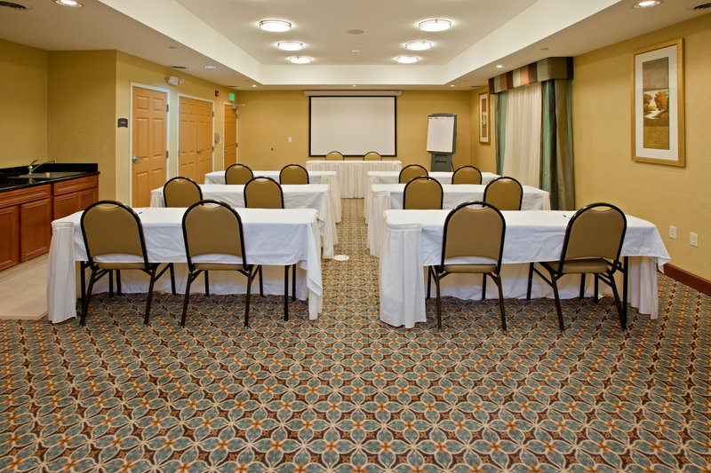 Staybridge Suites South Bend-University Area-Meeting Room<br/>Image from Leonardo