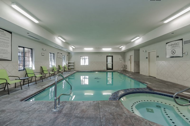 Staybridge Suites South Bend-University Area-Swimming Pool<br/>Image from Leonardo