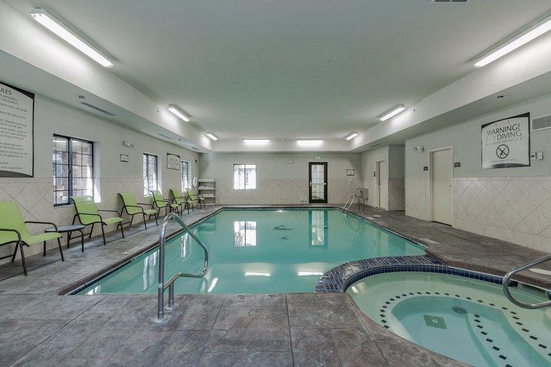 Staybridge Suites South Bend-University Area-Swimming Pool<br/>Image from Leonardo