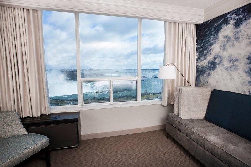 Marriott Niagara Falls on the Falls-Fallsview Guest Room - Sitting Area<br/>Image from Leonardo