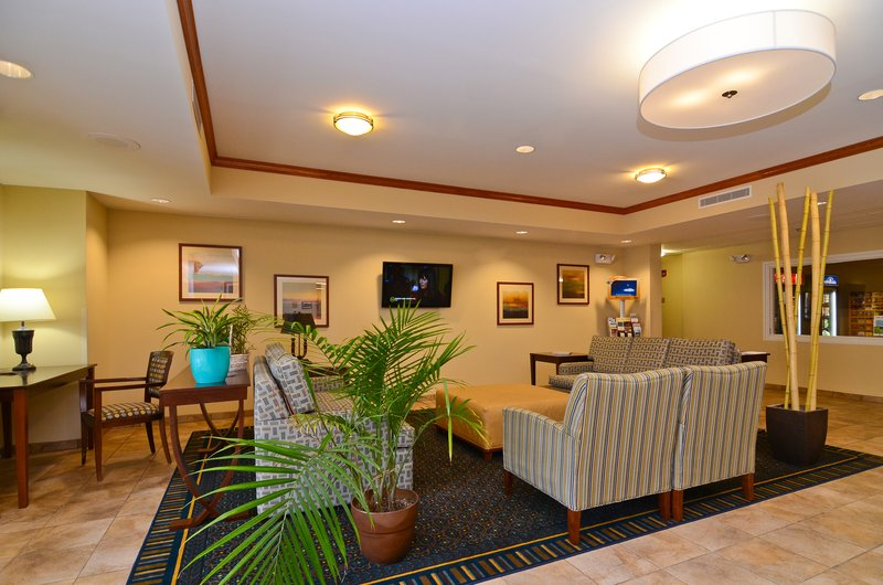 Candlewood Suites Chambersburg-Hotel Lobby<br/>Image from Leonardo