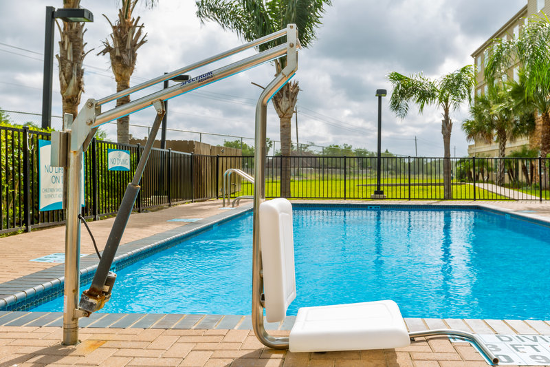 Staybridge Suites Brownsville-ADA Handicapped accessible swimming pool lift<br/>Image from Leonardo