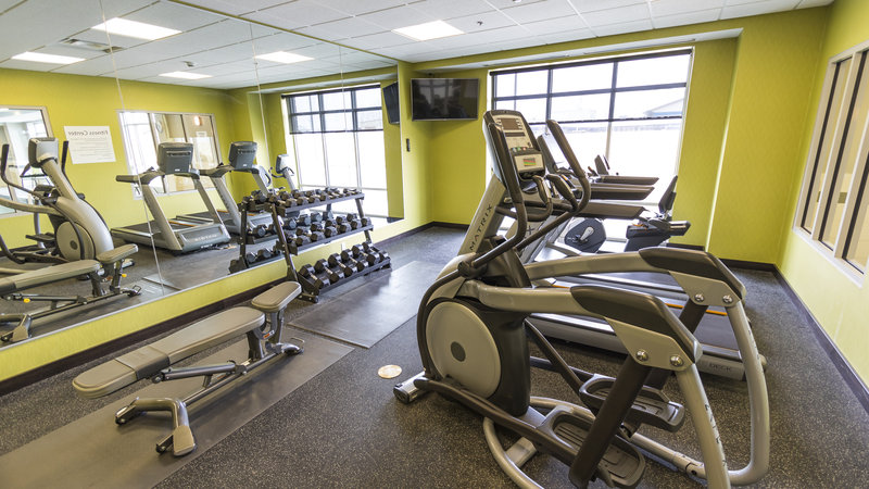 Holiday Inn Express & Suites Thunder Bay-Fitness Center<br/>Image from Leonardo