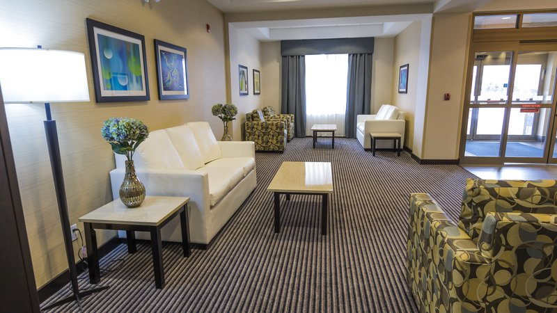 Holiday Inn Express & Suites Thunder Bay-Lobby Lounge<br/>Image from Leonardo