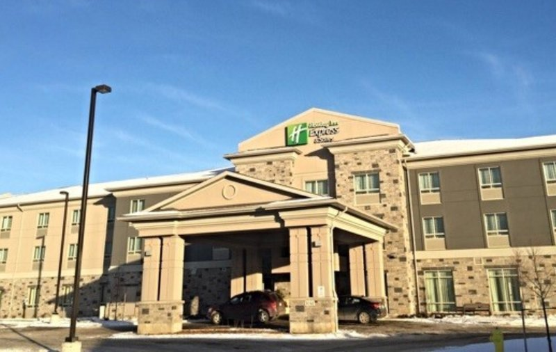 Holiday Inn Express & Suites Thunder Bay-Exterior Feature<br/>Image from Leonardo