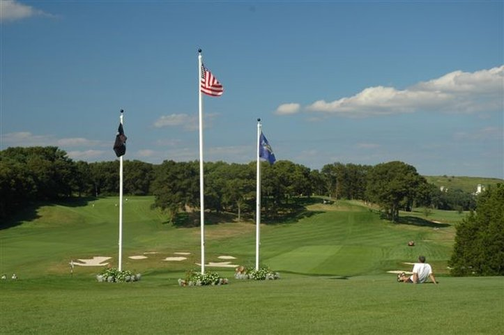 Holiday Inn Express & Suites Long Island-East End-Golf Courses<br/>Image from Leonardo