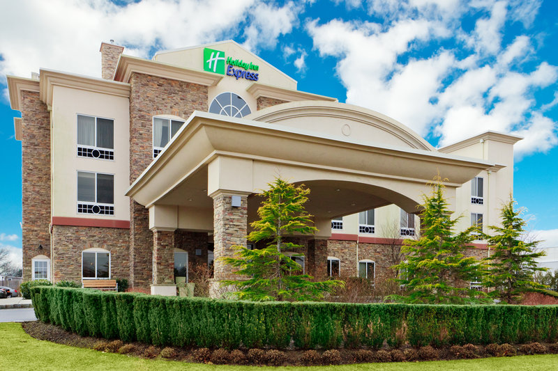 Holiday Inn Express & Suites Long Island-East End-Holiday Inn Express East End, Riverhead, NY - Hotel Exterior<br/>Image from Leonardo