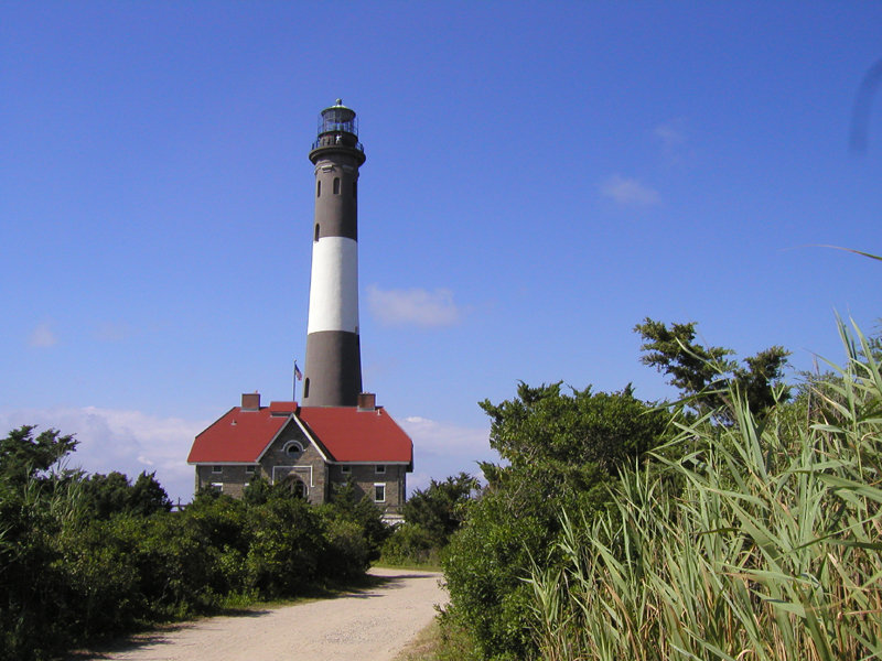 Holiday Inn Express & Suites Long Island-East End-Fire Island Lighthouse<br/>Image from Leonardo