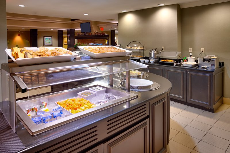 Staybridge Suites Peoria-Downtown-Enjoy a substantial breakfast each morning<br/>Image from Leonardo