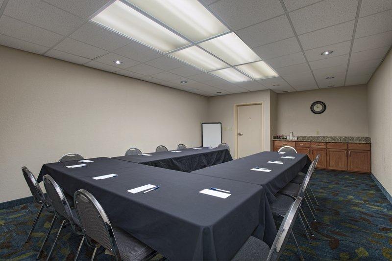 Candlewood Suites Austin N - Cedar Park-Boardroom<br/>Image from Leonardo