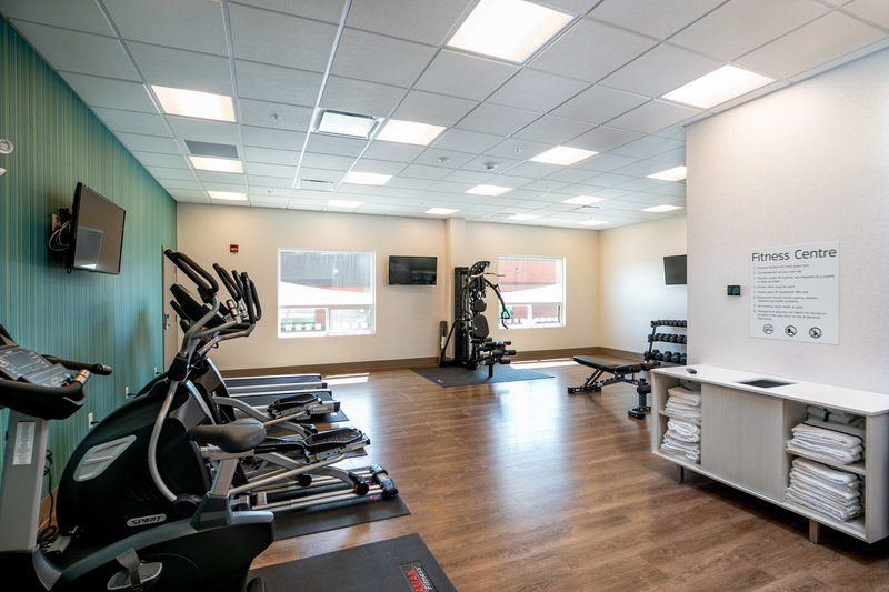 Holiday Inn Express Lethbridge Southeast-Fitness Center<br/>Image from Leonardo