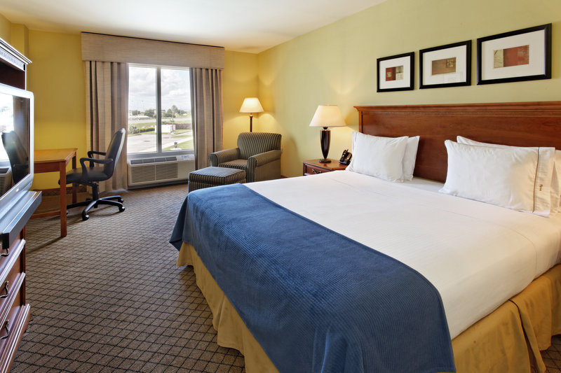 Holiday Inn Express Hotel & Suites Trincity Trinidad Airport-King Bed Guest Room<br/>Image from Leonardo