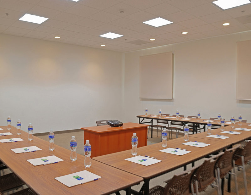 Holiday Inn Express Tegucigalpa-Meeting Rooms<br/>Image from Leonardo