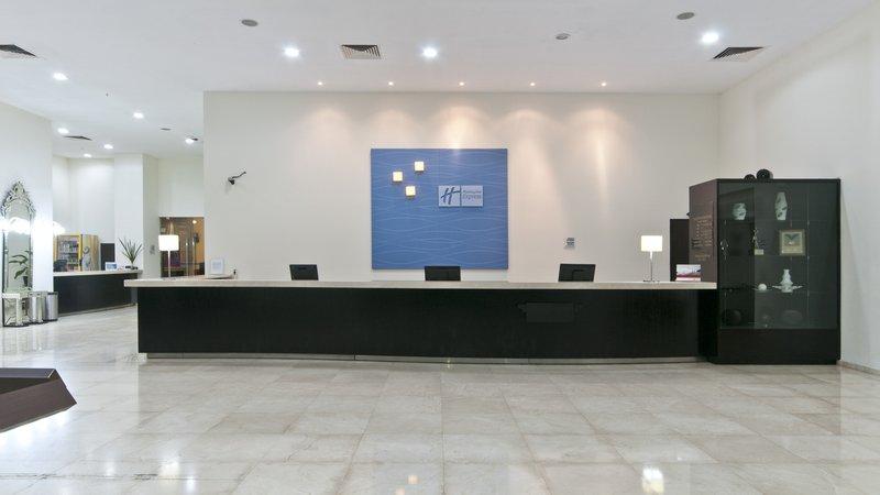 Holiday Inn Express Ciudad Del Carmen-Front Desk<br/>Image from Leonardo