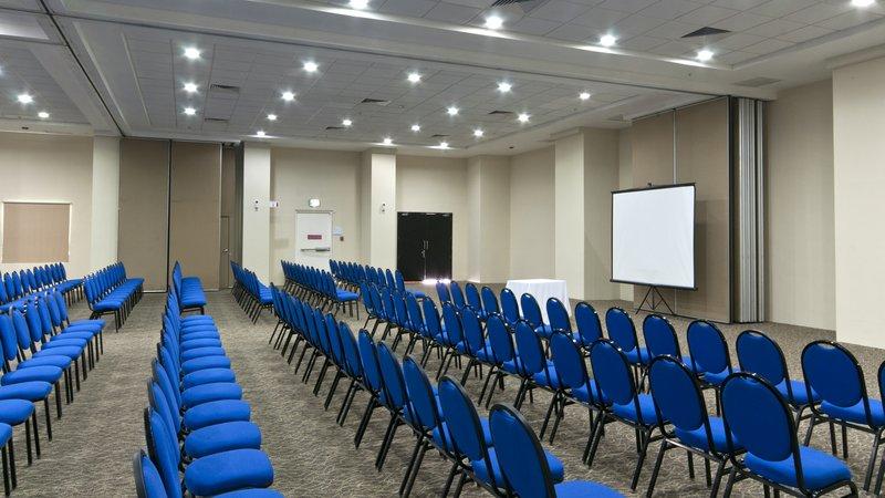 Holiday Inn Express Ciudad Del Carmen-Meeting Room<br/>Image from Leonardo