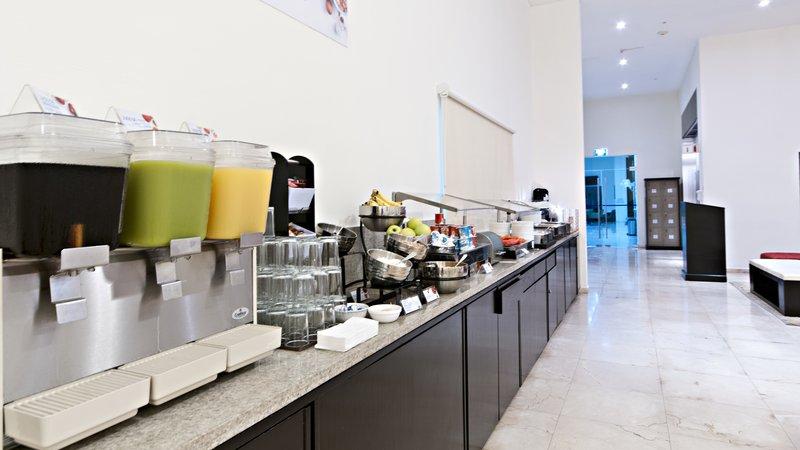 Holiday Inn Express Ciudad Del Carmen-Restaurant<br/>Image from Leonardo