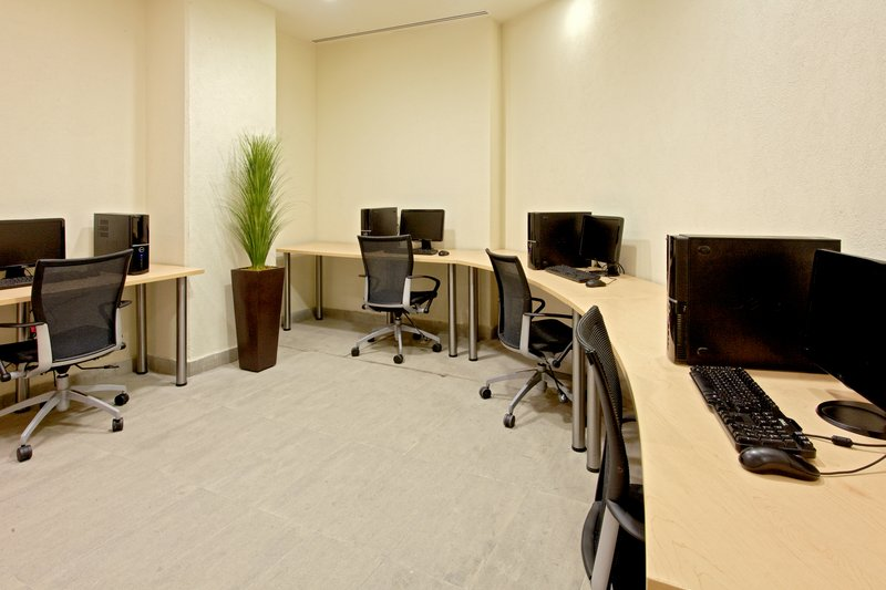 Holiday Inn Express Guadalajara Expo-Business Center<br/>Image from Leonardo