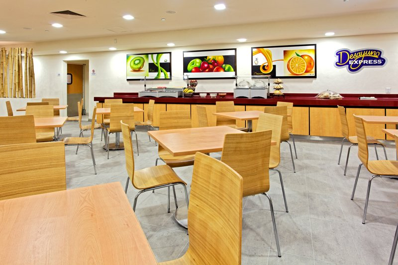 Holiday Inn Express Guadalajara Expo-Breakfast Area<br/>Image from Leonardo