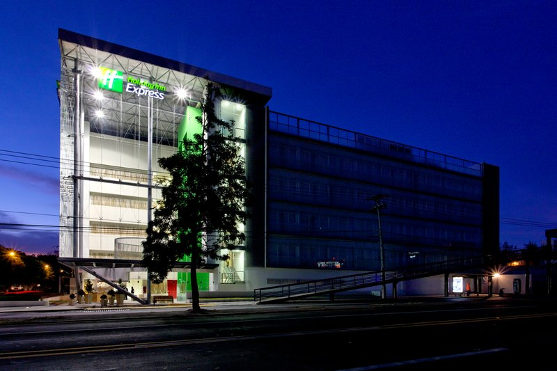 Holiday Inn Express Guadalajara Expo-Hotel Exterior<br/>Image from Leonardo