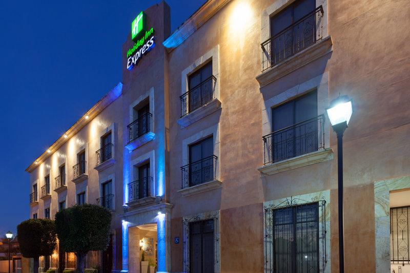Holiday Inn Express Oaxaca-Centro Historico-Hotel Exterior Night<br/>Image from Leonardo