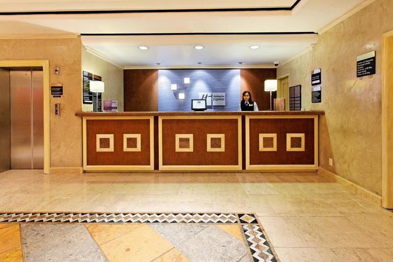Holiday Inn Express Oaxaca-Centro Historico-Front Desk<br/>Image from Leonardo