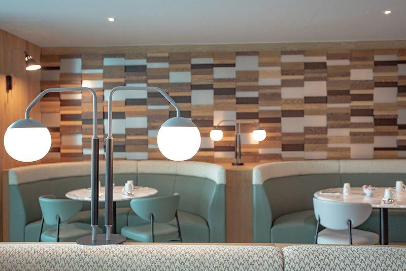Crowne Plaza Marlow-2 AA Rosette Restaurant<br/>Image from Leonardo