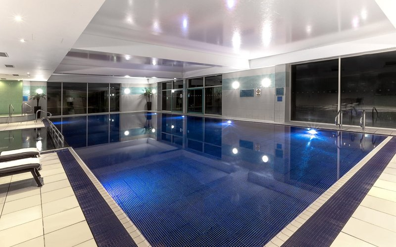Crowne Plaza Marlow-18m Heated Indoor Pool<br/>Image from Leonardo