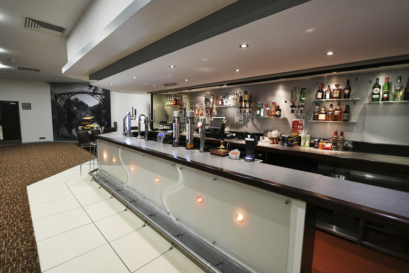 Holiday Inn Telford - Ironbridge-Reynolds Suite has its own private bar<br/>Image from Leonardo