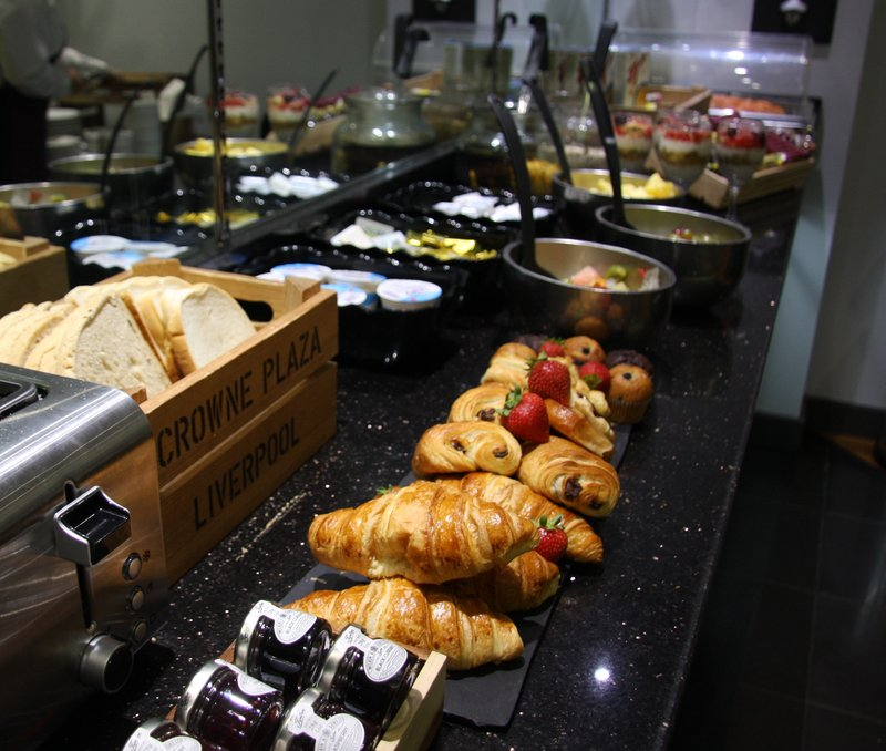Crowne Plaza Liverpool City Centre-Breakfast in the club lounge<br/>Image from Leonardo