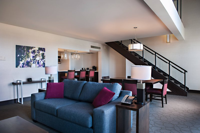 Delta Hotels by Marriott Victoria Ocean Point Resort-Loft Suite - Living Room & Kitchenette - No View<br/>Image from Leonardo