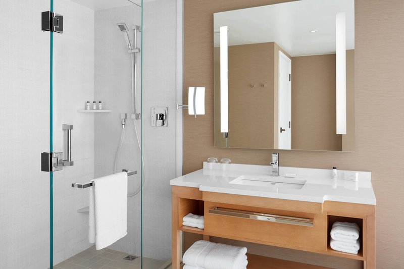 Delta Hotels by Marriott Toronto-Guest Room Bathroom - Walk-In Shower<br/>Image from Leonardo