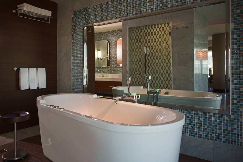 Renaissance Izmir Hotel-Executive Suite Bathroom - Whirlpool Tub<br/>Image from Leonardo